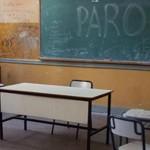 Educación: El «relato» sube y el presupuesto baja