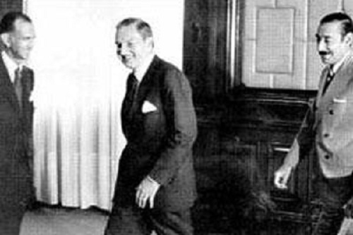 Martínez de Hoz junto a Rockefeller