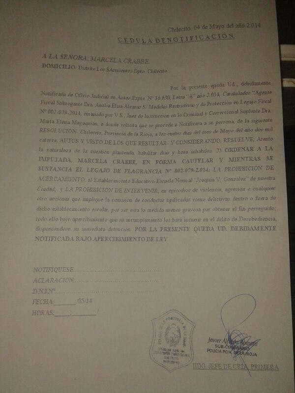 Acta judicial contra la ambientalista Marcela Crabbe.