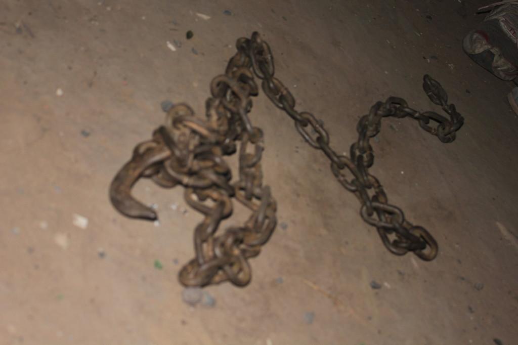 Una de las cadenas usadas en el ataque de la patota.